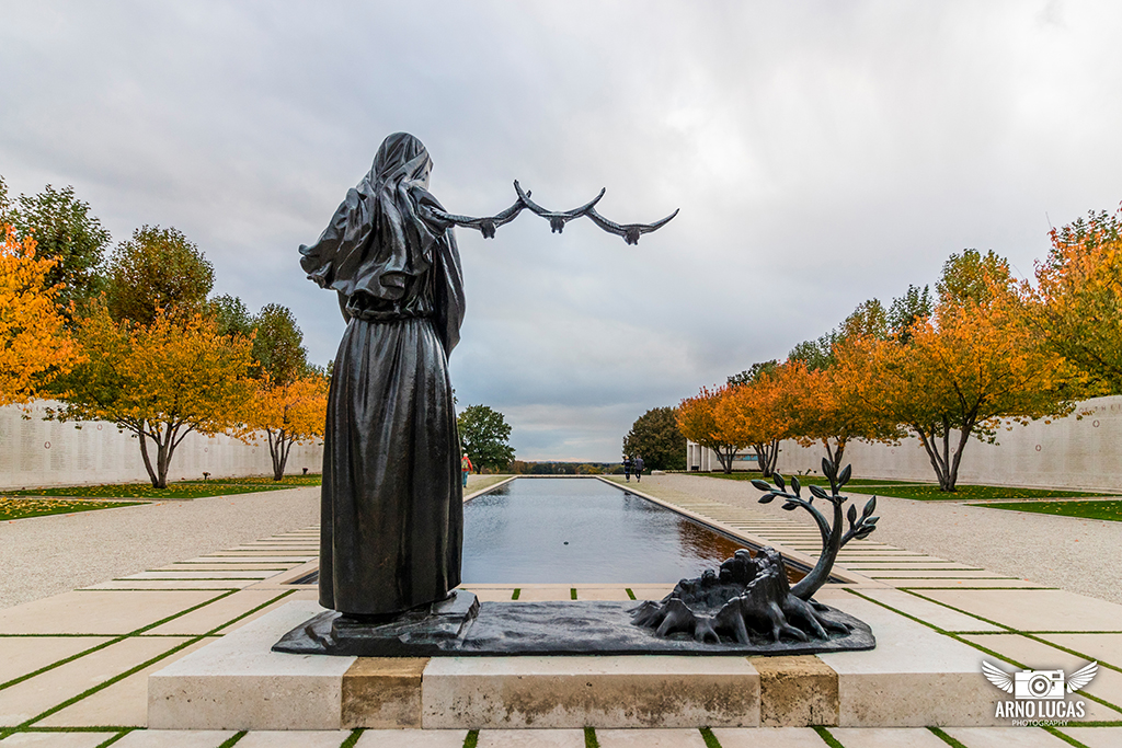 Netherlands American cemetery and Memorial, © Arno Lucas